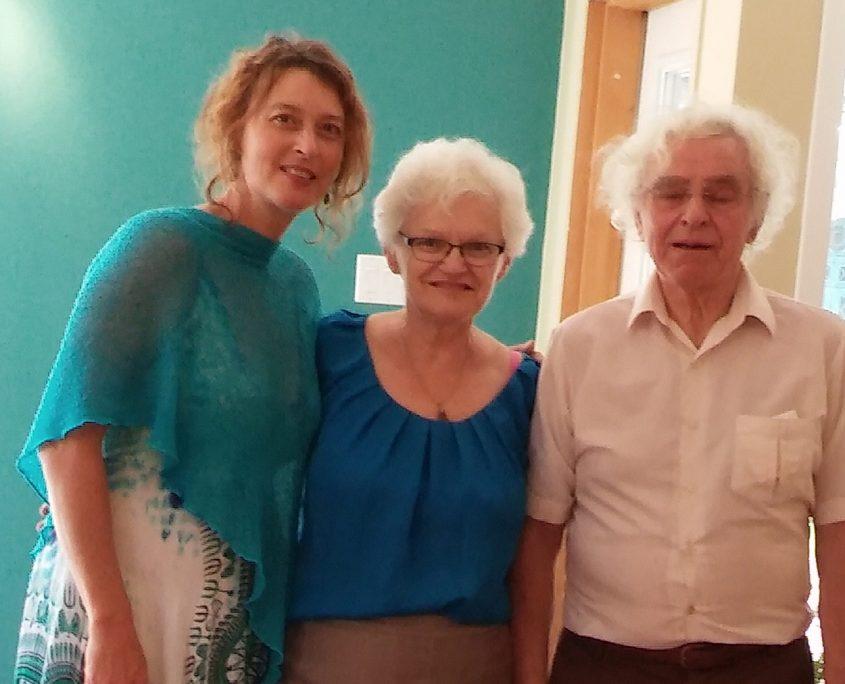 Gen'viève Grenier en compagnie de Mme Diane Duquette écrivaine et poète ainsi que M Toussaint Riendeau