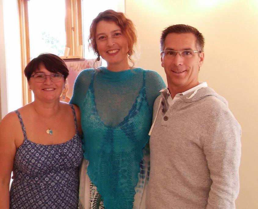 Gen'viève Grenier en compagnie de Linda Taylor et Sylvain Grenier