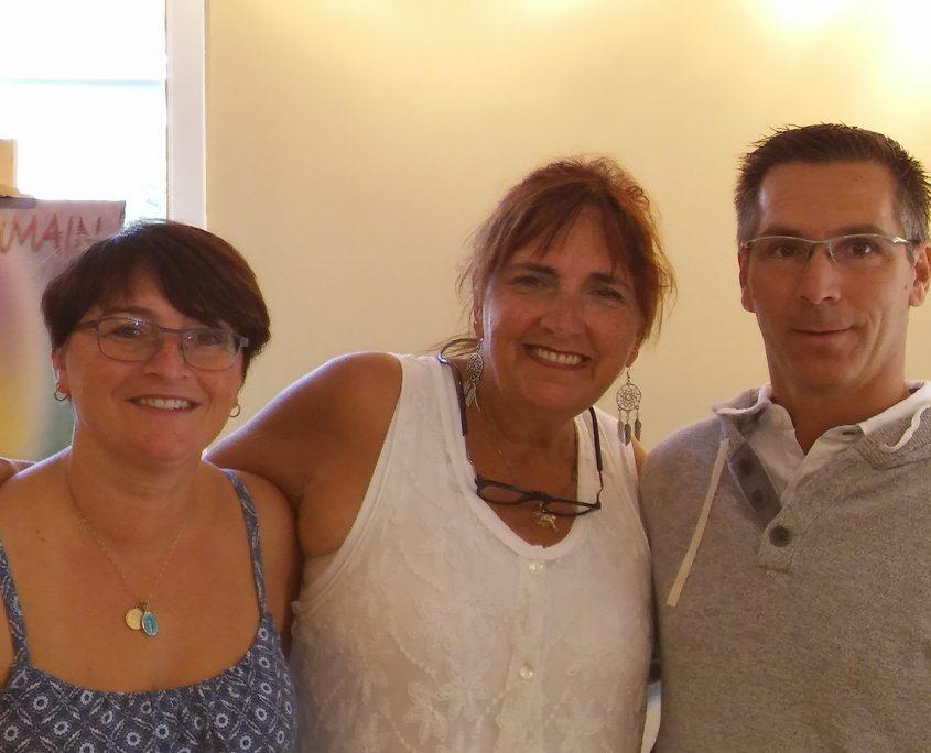 Louise De L'Étoile en compagnie de Linda Taylor et Sylvain Grenier